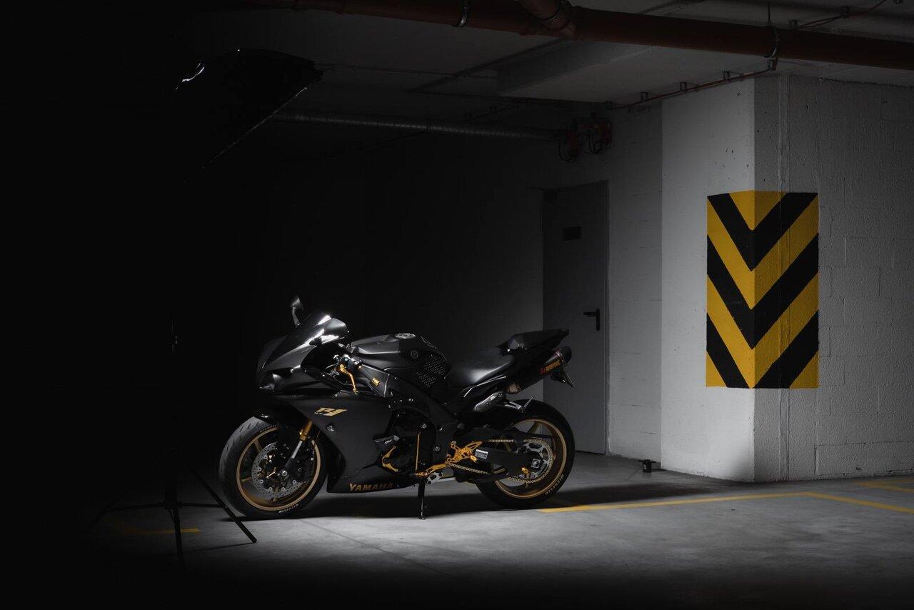 Dark Mode Wallpaper